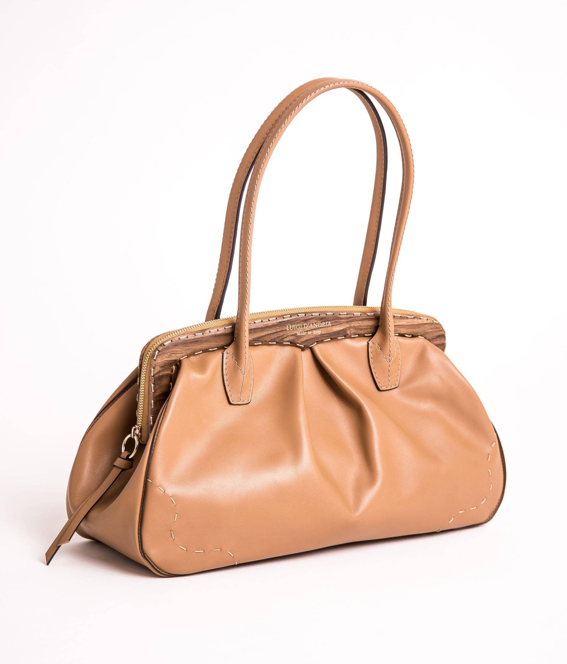 Wholesale Italian handbags directly from manufacturers and brands in Italy